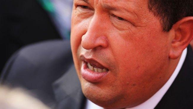 A Chávez le dan 2 meses de vida