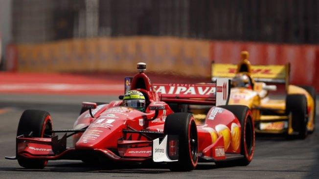 Brasileño gana 500 millas en la Indy Car