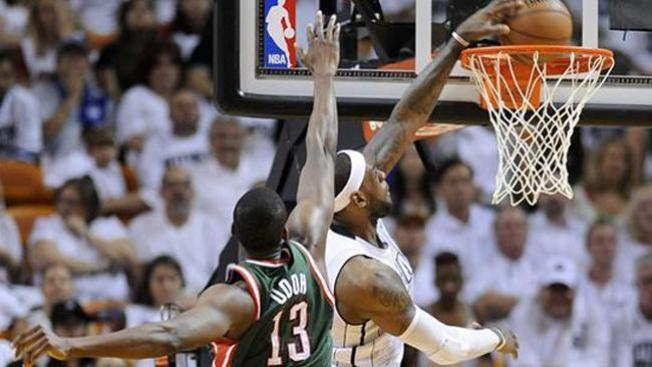 El Heat aplastó a Milwaukee