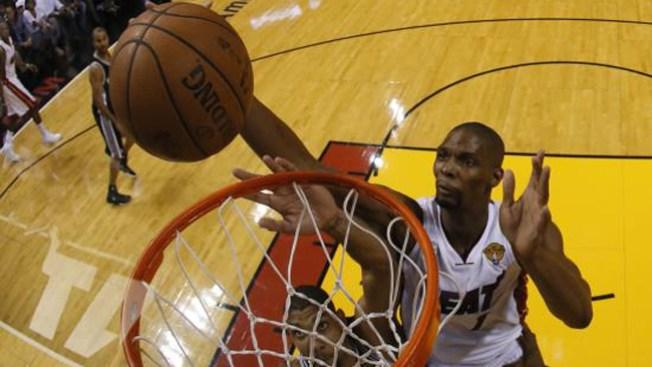 El Heat gana por paliza a San Antonio