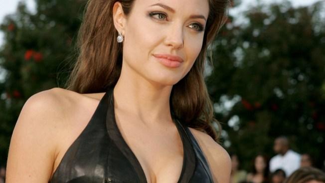 Tía de Angelina muere de cáncer