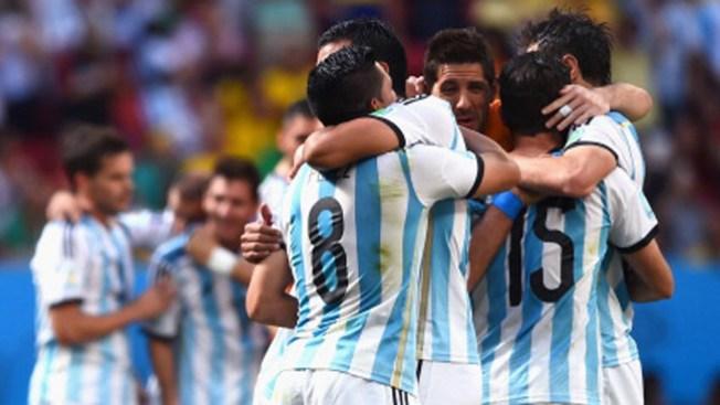 Argentina y Holanda buscan la final