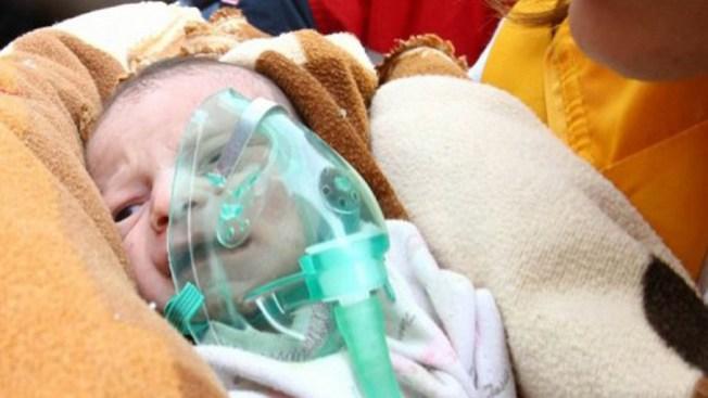 Mueren 459 personas por sismo en Turquía