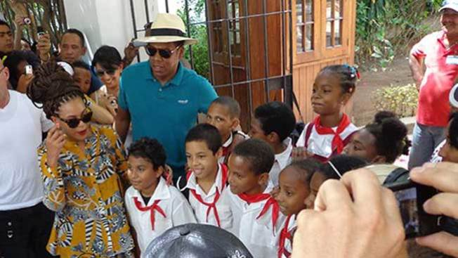 Ponen lupa a Beyoncé y a Jay Z en Cuba