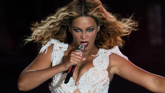 Beyonce canta en español en México