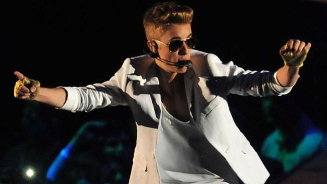 Polémico Justin Bieber enciende la red