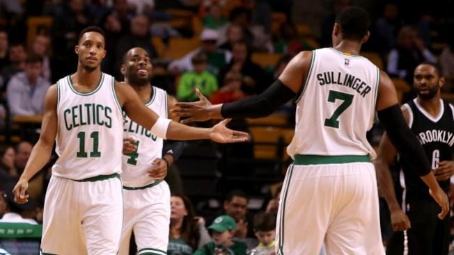 Rajon Rondo regresa y ganan los Celtics
