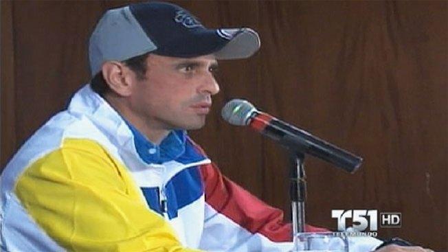 Capriles mira hacia adelante