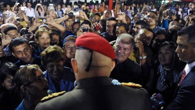 Chávez renueva pacto militar