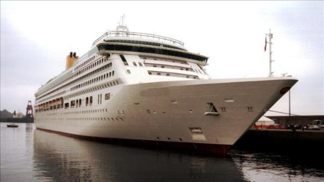 Llega crucero con afectados por norovirus