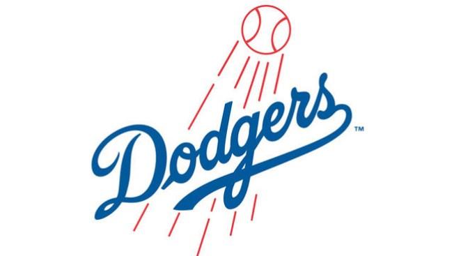 Uribe y Capuano levantan a Los Dodgers
