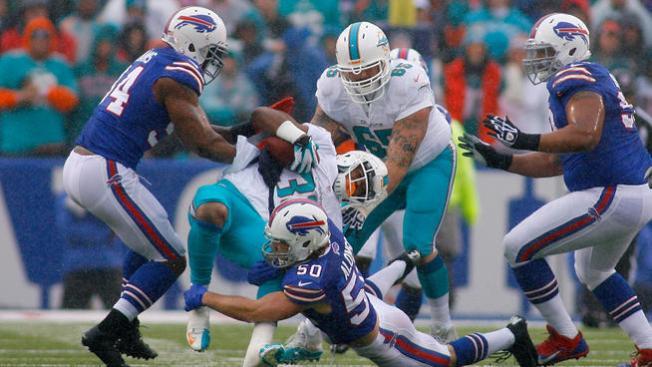 Los Bufallo Bills aplastan a los Dolphins