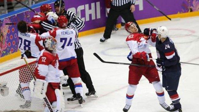 Hockey: EEUU gana a Rusia con tensión