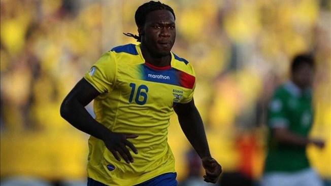 Ecuador suma tres puntos