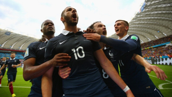 Francia tumba a Honduras 3-0