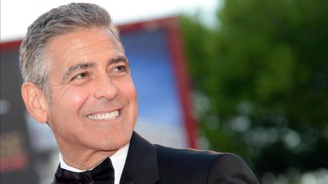 George Clooney está comprometido