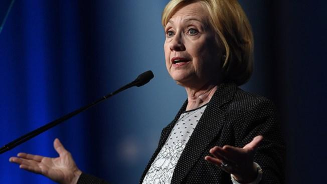 Encuesta: Hillary encabeza carrera por la presidencia