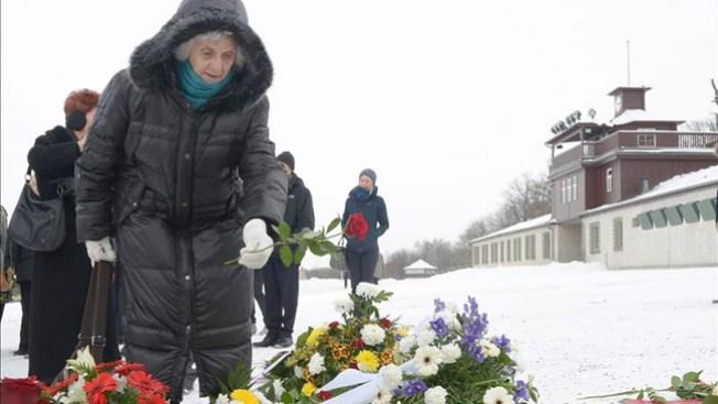 Recuerdan a víctimas del holocausto