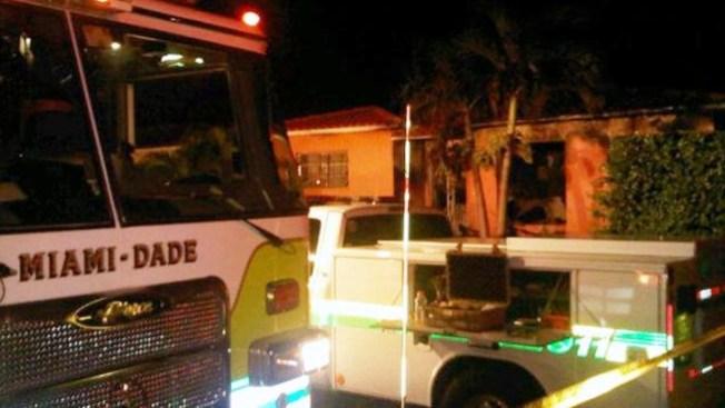 Incendio destruye casa en el SW