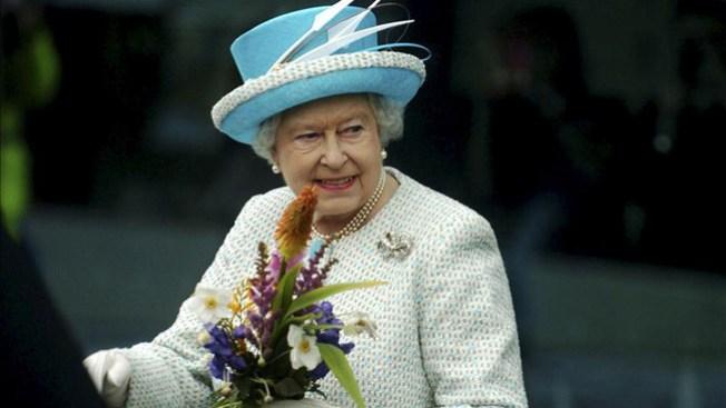 Reina Isabel celebra 61 años en el trono