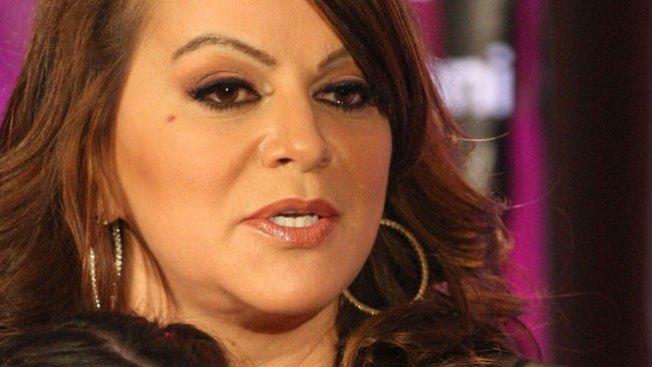 Demandan a empresa de Jenni Rivera