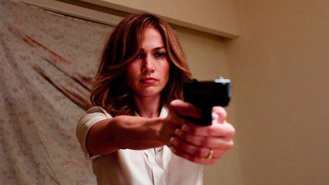 A tiro limpio: Jennifer López y la violencia