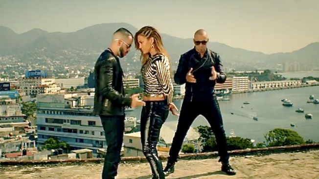 "J.lo, Wisin y Yandel arrasan con ""Follow The Leader"""