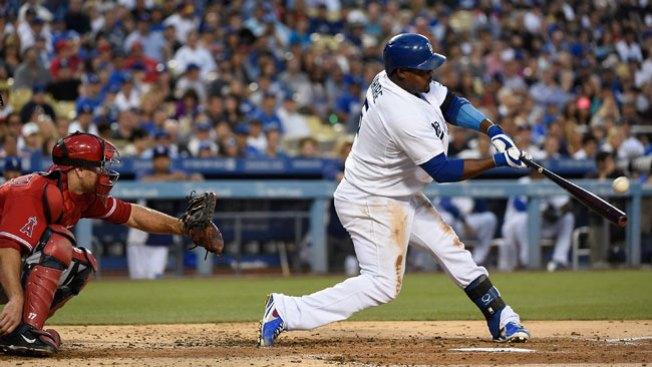 Uribe anota triunfo de Dodgers