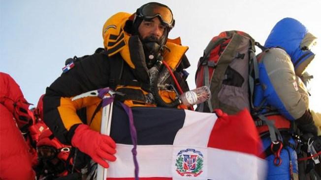Un dominicano en la cima del Everest