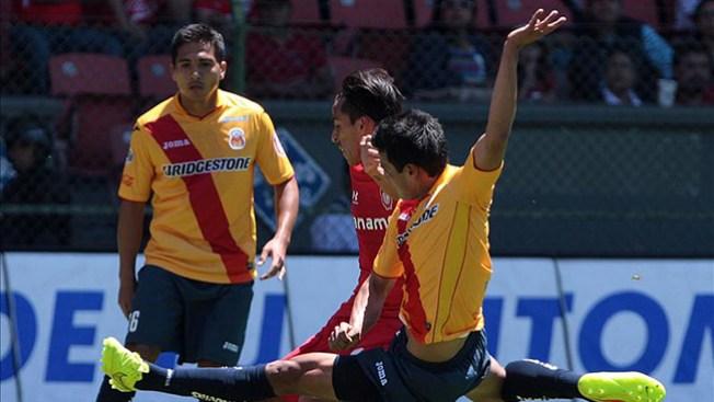Rivales León y Morelia buscan el triunfo