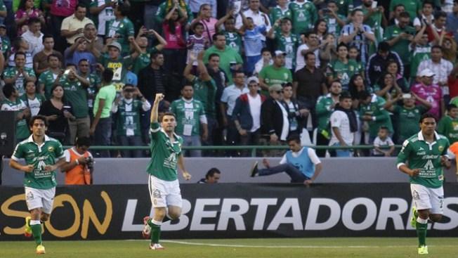 León, con pie derecho en la Libertadores