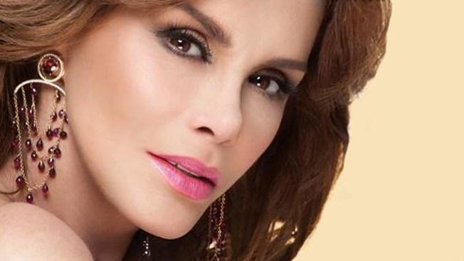 Lucía Méndez cantará para Juan Pablo II