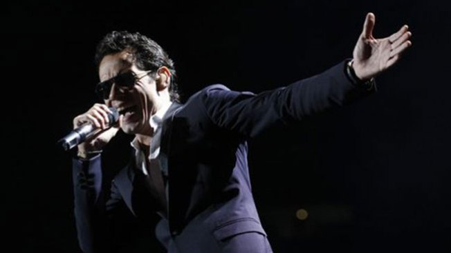 ¿Han roto Marc Anthony y su novia?