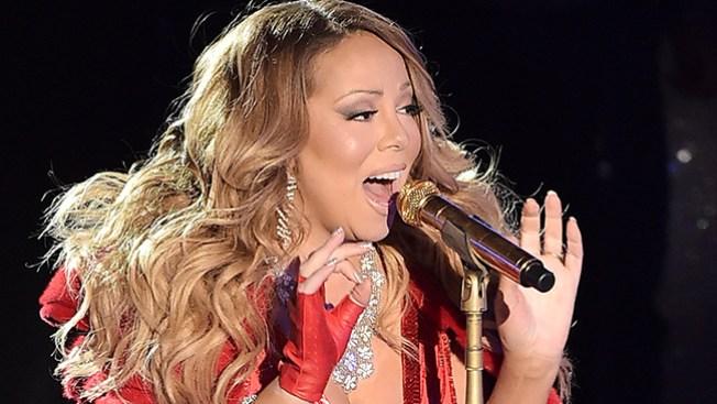 ¿Mariah Carey desafinada en NY?