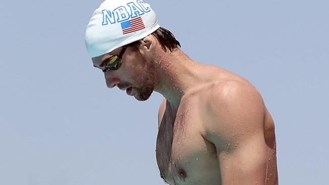 Phelps se disculpa por conducir ebrio