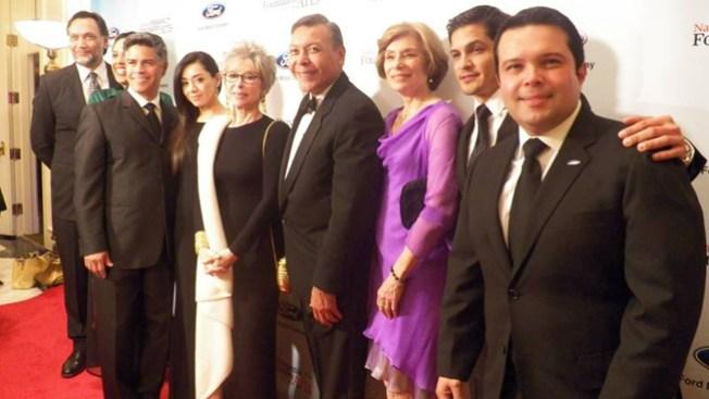 Reconocen labor de actores latinos