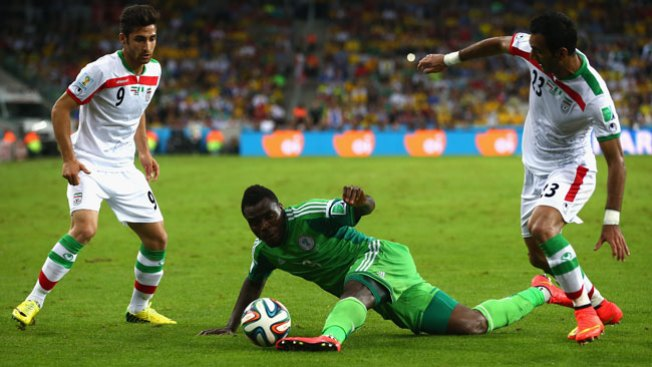 Irán y Nigeria, un empate sin tregua