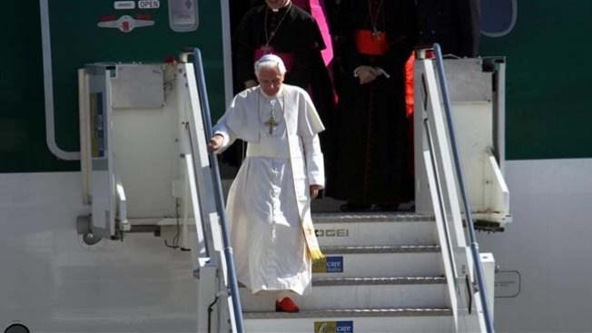 Benedicto XVI llega a Roma