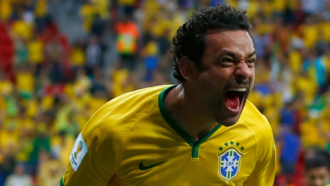 Gran victoria de Brasil ante Camerún