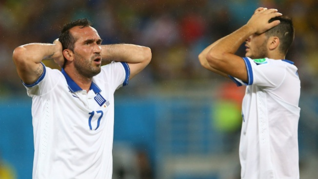 Japón y Grecia empatan sin goles