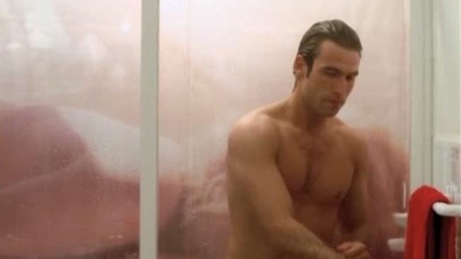 ¡Rafael Amaya al desnudo!
