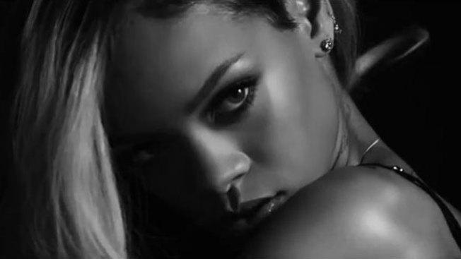 El anuncio más sexy de Rihanna