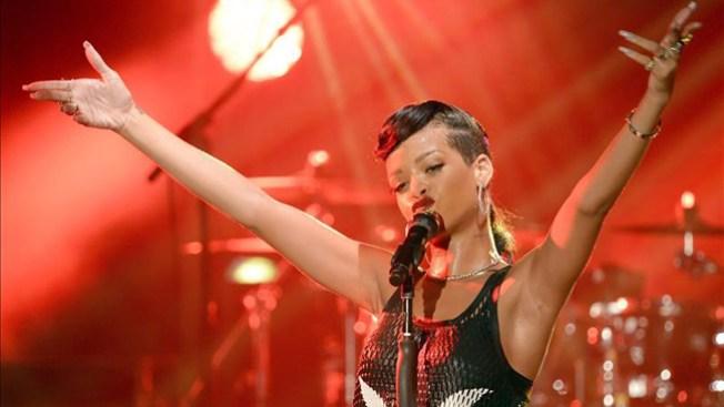 Rihanna como leona por Chris Brown