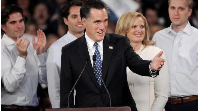 Romney corteja a los floridanos