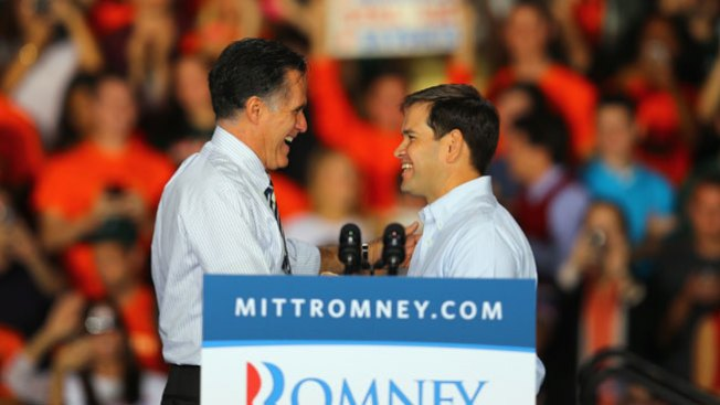 Romney de campaña en Miami