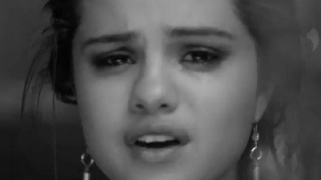 Selena llora por Justin Bieber