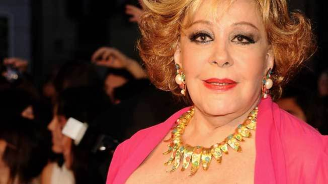 "Hasta Silvia Pinal hace el ""Harlem Shake"""