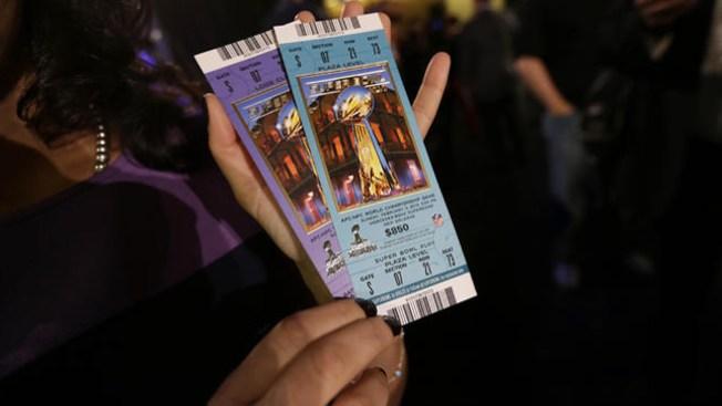 Caen boletos falsos para el Super Bowl