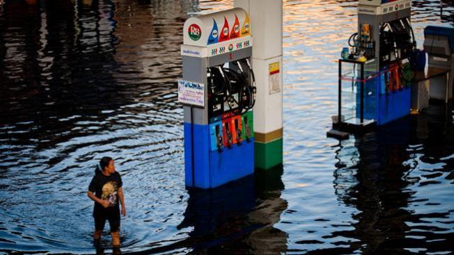 Mueren 427 por inundaciones en Tailandia