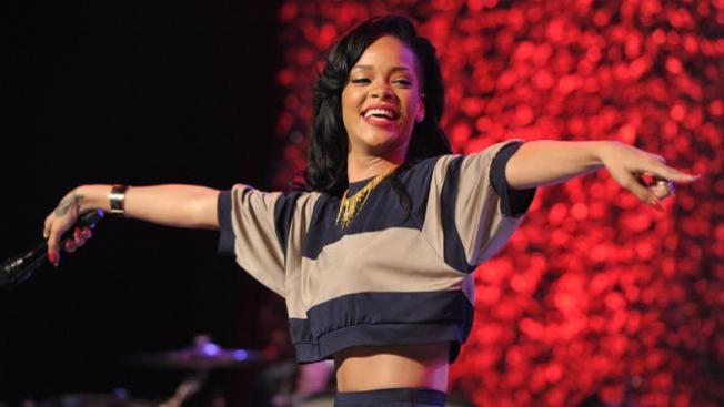 Juntos Coldplay y Rihanna
